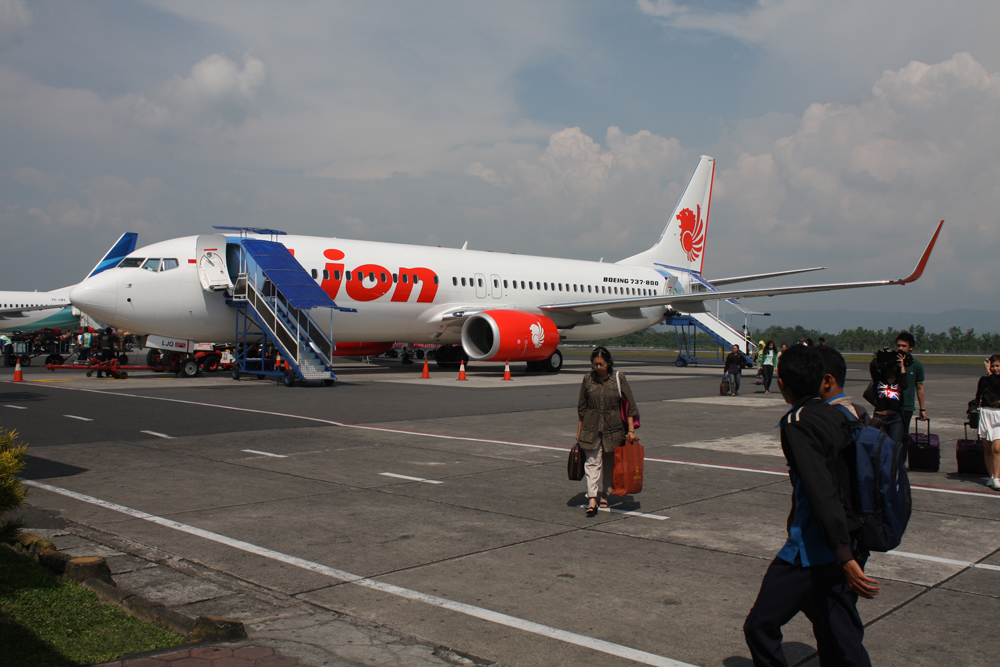 Welcome to recruitment Lion Air If you are not member yet please following steps to apply position Click Register on top right webpage to create username and